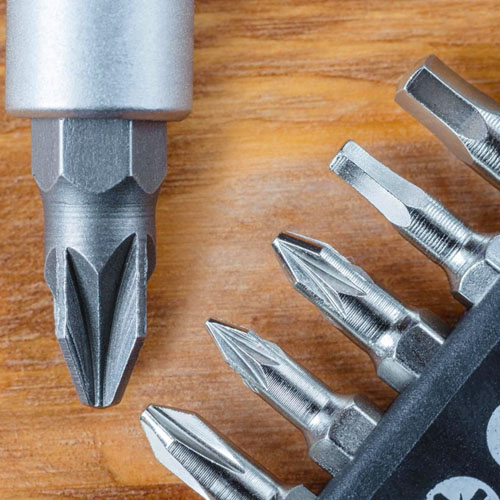 Dekton 38pc Stubby Ratchet Screwdriver And Bit Set